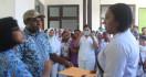 Warga Blokade RSUD, Desak Honorer Diangkat jadi PNS, Viral! - JPNN.com