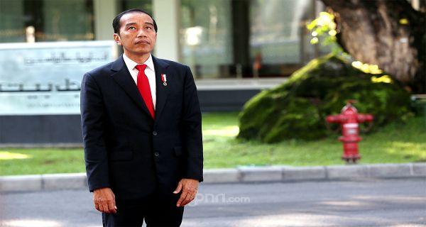 Siapa Menteri yang Layak Direshuffle? Pengamat Ini Sebut Beberapa Nama - JPNN.COM