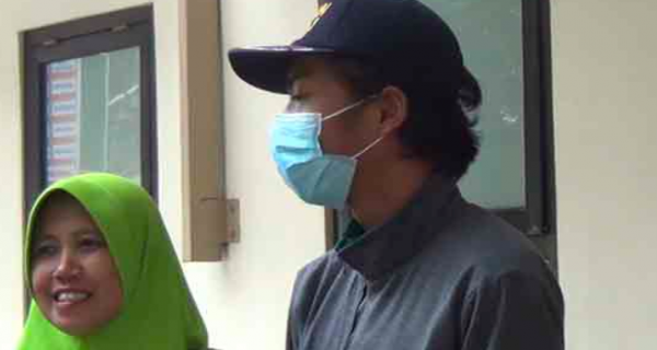 Pulang dari Kuliah di China, Arif Hidayat Langsung Diperiksa Intensif di RSUD - JPNN.COM