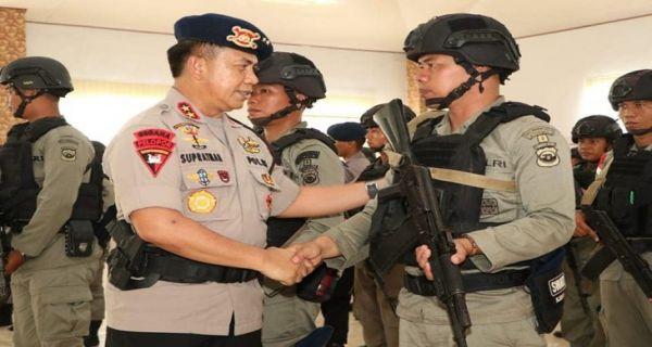Polda Bengkulu Kirim 100 Personel Brigade Mobil ke Papua - JPNN.COM
