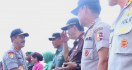 Kunjungi Kampung Halaman, Komjen Agus Kenang Masa Belia di Markas Tentara - JPNN.com