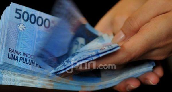 Bupati Akui Guru Honorer Kerja Bertahun-tahun, Gaji Rp 300 Ribu per Bulan - JPNN.COM