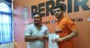Persiraja Resmi Kontrak Gelandang Timnas Lebanon Samir Ayaas - JPNN.com