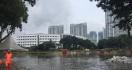 Underpass Kemayoran Lenyap Ditelan Banjir Tujuh Meter - JPNN.com