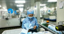 Virus Corona Menggila, Tiongkok Produksi 76 Juta Masker Setiap Hari - JPNN.com