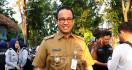 Ogah Bahas Banjir, Anies Baswedan Pilih Bekerja - JPNN.com