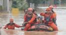26 Kecamatan Terendam Banjir, Pemkab Karawang Tetapkan Status Tanggap Darurat - JPNN.com