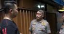 Perampok Toko Emas Menembak Tukang Sapu, Dor! Kena - JPNN.com