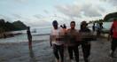 Tragis, Lima Orang Meninggal Dunia Saat Antar Jenazah - JPNN.com