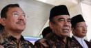 Gegara Corona, Menag Imbau Jemaah di Masjid Menghilangkan Sementara Kebiasaan Bersalaman - JPNN.com