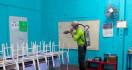 Sekolah Diliburkan, JSIT Genjot Penyemprotan Disinfektan - JPNN.com