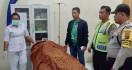 Innalillahi, Soleh Afrianto Gantung Diri di Kusen Jendela Kamarnya - JPNN.com
