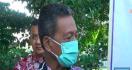 Suhu Tubuh Tinggi, Bupati Sempat Ditahan Satpol PP - JPNN.com