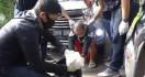 2 Pemuda Ditangkap Polisi karena Berkeliaran di Tengah Virus Corona - JPNN.com