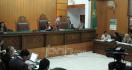 Hakim Tidak Datang, Sidang Korban Banjir Gugat Anies Ditunda - JPNN.com