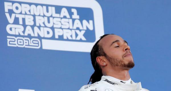 Hamilton Berpeluang Kunci Gelar Juara Dunia - JPNN.com