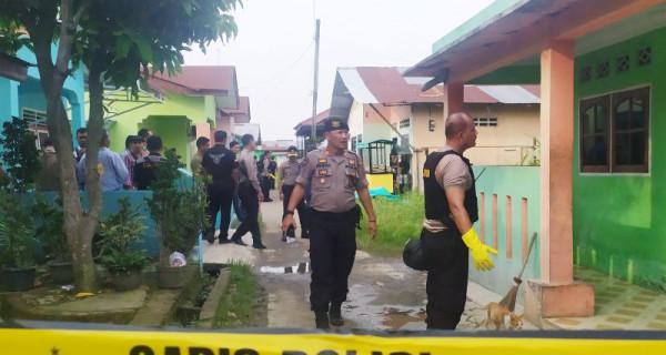 Rumah Terduga Teroris Bom Mapolrestabes Medan Digeledah - JPNN.com