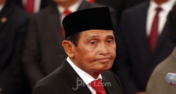 Ketua Dewan Pengawas KPK Tumpak Hatarongan Panggabean - JPNN.com