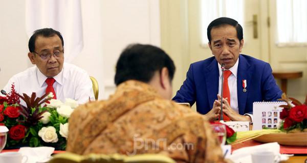 Jokowi Pimpin Ratas Kesiapan Hadapi Dampak Virus Corona - JPNN.com