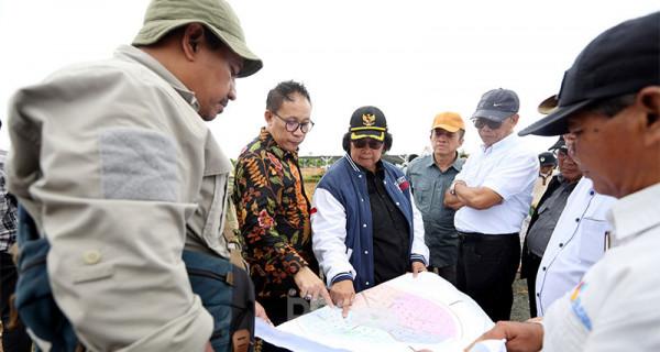 Menteri LHK dan Ketua Panitia HPN 2020 Tinjau Penanaman Pohon Hutan Kota Tropis - JPNN.com