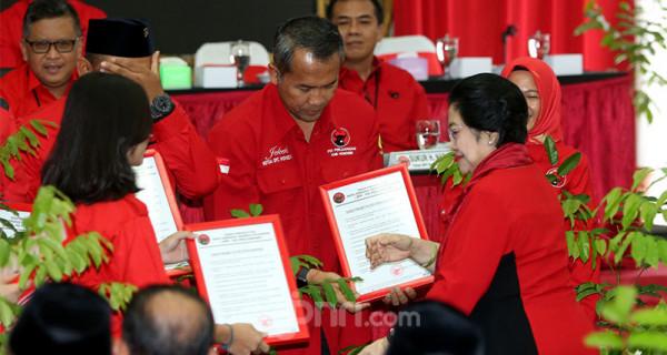 PDIP Umumkan Paslon Kepala Daerah dan Wakil - JPNN.com