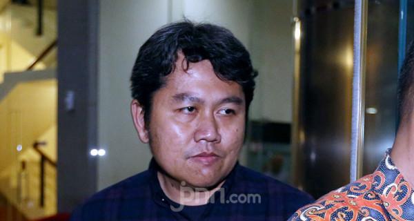 KPK Periksa Anak Bupati nonaktif Sidoarjo - JPNN.com