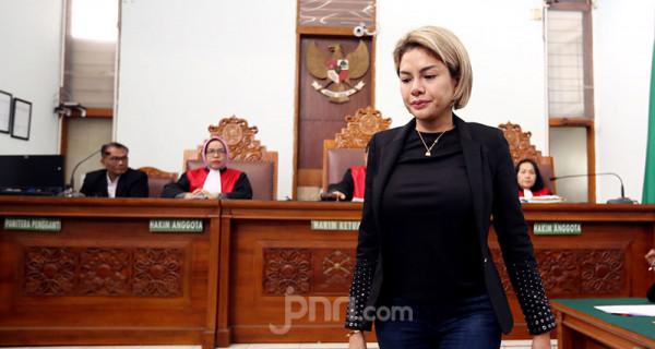 Nikita Mirzani Jalani Sidang Kasus Penganiayaan - JPNN.com
