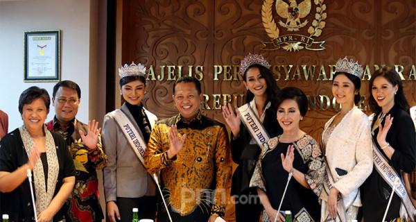 Finalis Puteri Indonesia Duta Menjadi MPR - JPNN.com