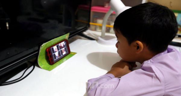 Cara Siswa Belajar Dari Rumah - JPNN.com